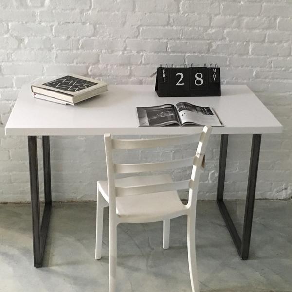 scrivania_laccata
