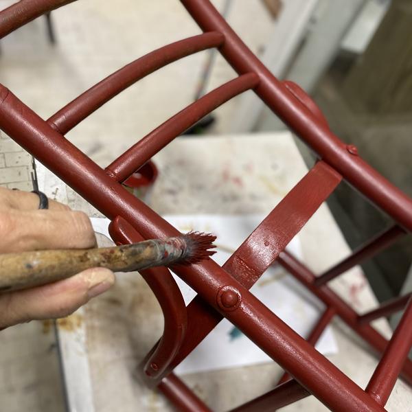 verniciatura sedie