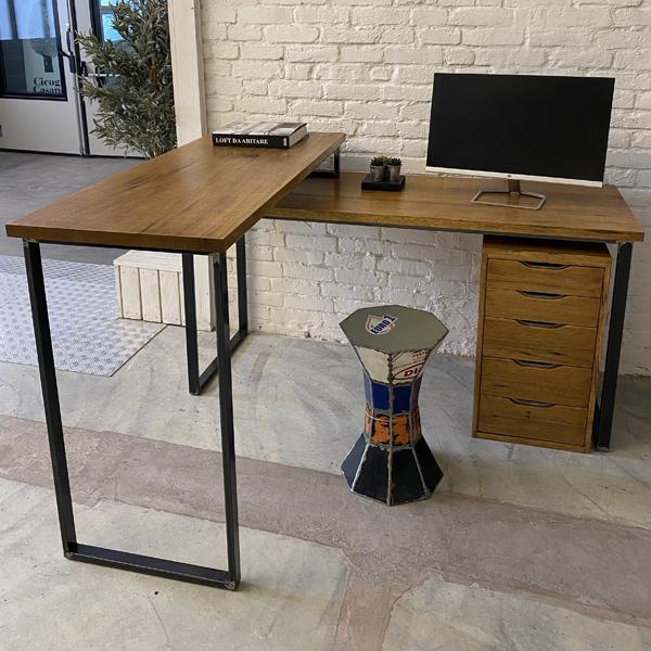 scrivania step 1
